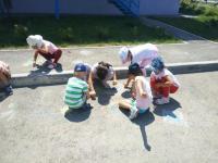 Фестиваль рисунков на асфальте «Мы фантазеры!» 18 июля в МБДОУ16 «Лучик» прошел фестиваль рисунков на асфальте.
